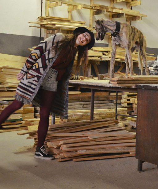 Tím Pure Junk recykluje odpad a vytvára tak nový dizajnový nábytok. Verí, že mladá generácia prinesie zmenu