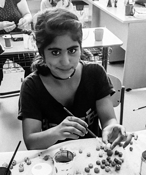 Modelovanie z hliny umožňuje autistickým deťom zmocňovať sa reality úplne inak, hovorí učiteľka, ktorá v škole rozbehla hodiny arteterapie