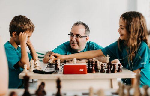 Všetko, čo vás šach naučí, viete aplikovať do života, hovorí predseda Klubu šachových nádejí